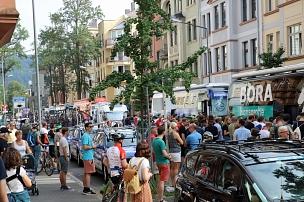 Biegen- und Deutschhausstraße glichen am 30. August einer Fan-Meile für Radsport-Begeisterte.©Simone Schwalm, Stadt Marburg
